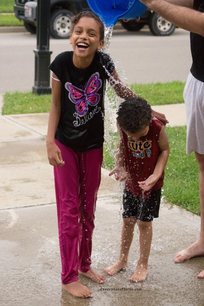 Splashin' water8a